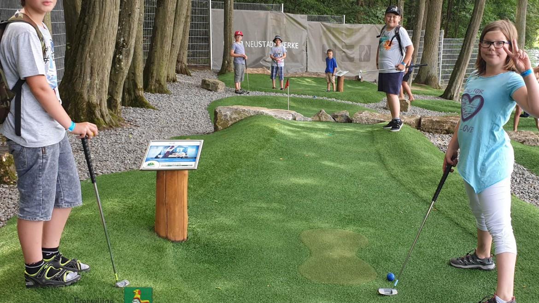 Kinderfeuerwehr schwang Golfschläger (20.07.2019)