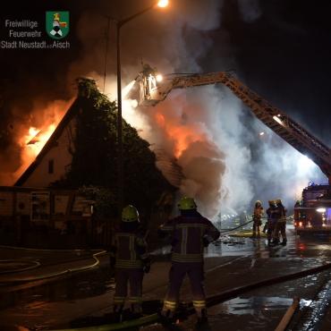 Einsatzbericht Wohnhausbrand (01.01.2020 um 16:57 Uhr)