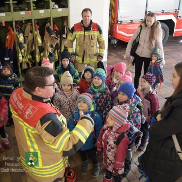 Kindergarten bei der Feuerwehr