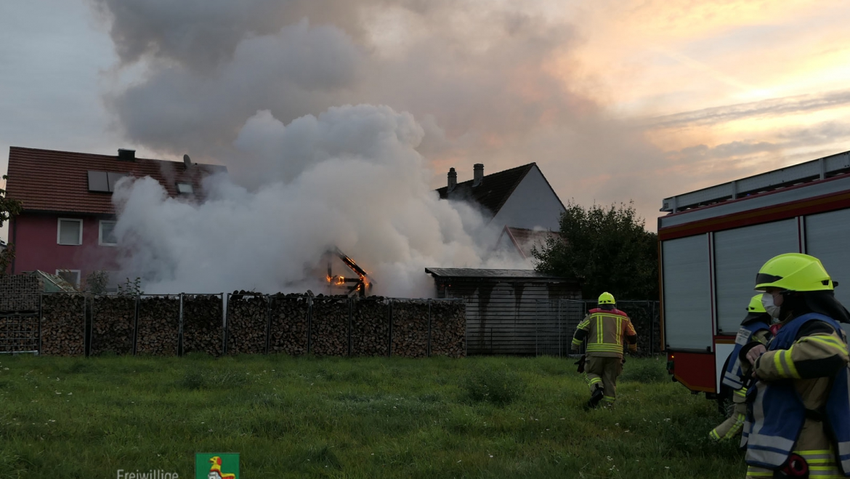 Brand Holzschuppen (10.10.2020, 07:20 Uhr)