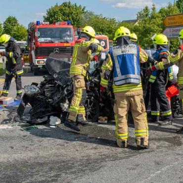 Verkehrsunfall – Person eingeklemmt (31.05.2021, 16:11 Uhr)